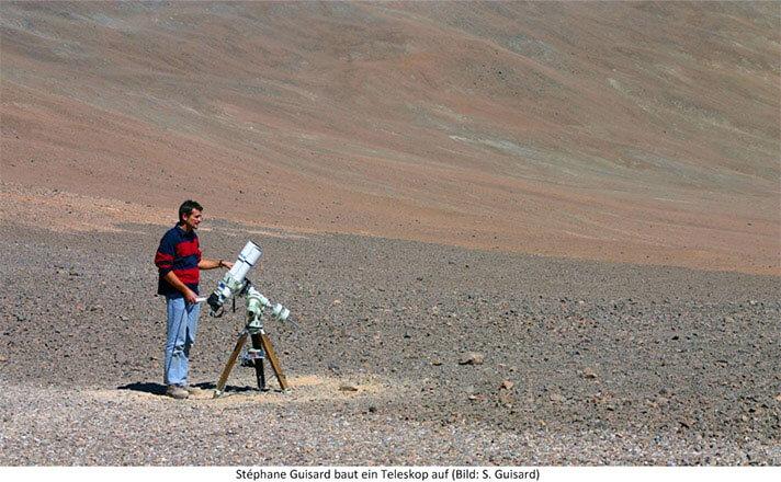 Stephane Guisard mit Teleskop