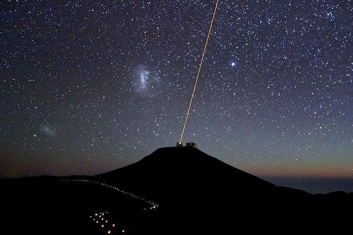 Paranal bei Nacht – Credit ESO J. Girard