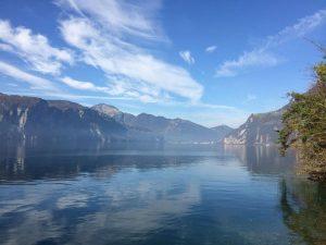 Schweizer Romantik und Legenden am Urnersee